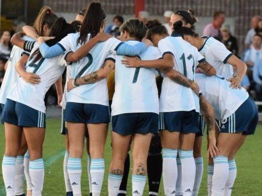 Jugadoras argentinas denunciaron ante la FIFA a un entrenador de AFA